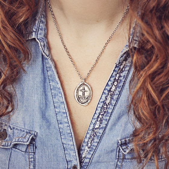anchor silver necklace